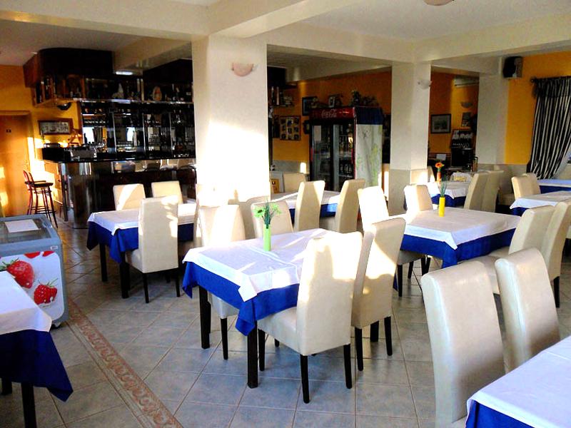 restaurant laguna metajna